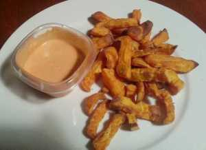 Sweet potato fries with spicy mayo